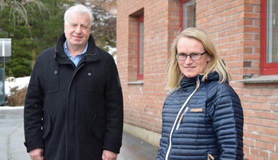 Institusjonsleder Bjørn Spæren og overlege og spesialist i rus- og avhengighetsmedisin, Siv Kjelsås Kvinge ved Manifestsenteret